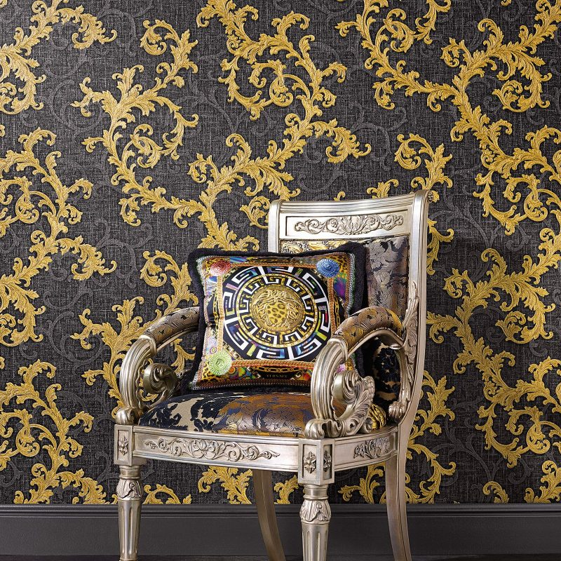 Carta da parati Versace Home 2 Baroque and roll ambientazione AERREe